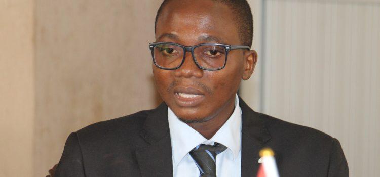 «L'engagement des jeunes aujourd'hui doit commencer au niveau local, dans leur communauté».